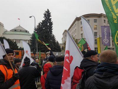 O Ościsłowie w Sejmie i pod Sejmem