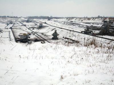 Pod śniegiem