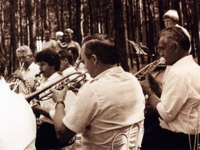 Muzycy w górniczych mundurach (4)